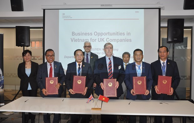 Việt Nam promotes business investment in UK