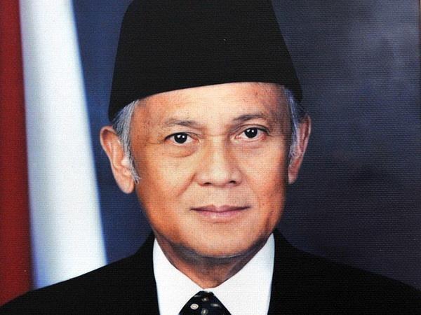 Vietnamese leaders sent condolences to Indonesian late president