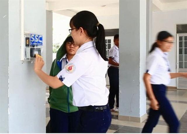 HCM City begins to make schools 'smart