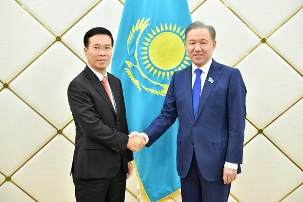Politburo member Võ Văn Thưởng visits Kazakhstan