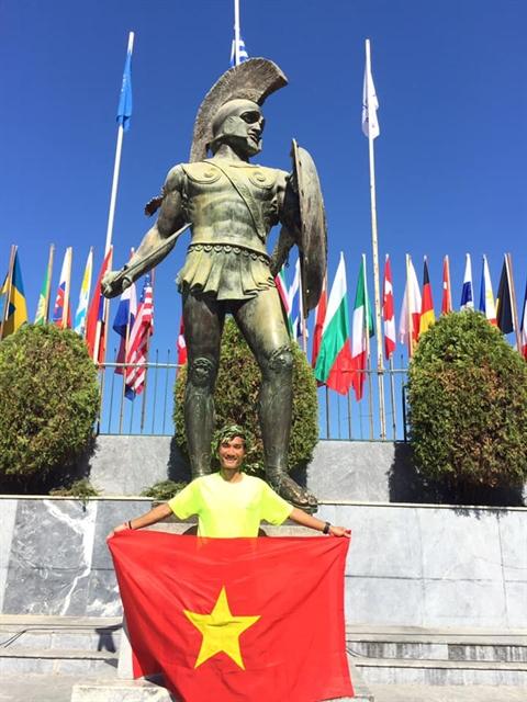 Vietnamese runner completes Spartathlon in Athens