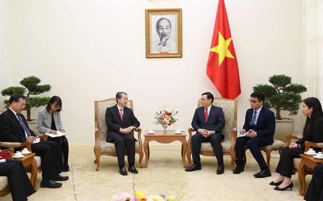 Deputy PM Vương Đình Huệ receives Chinese Ambassador