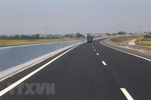 Authorities begin work on Biên Hòa-Vũng Tàu Expressway pre-feasibility study