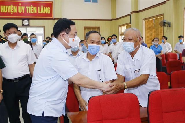 NA Chairman Vương Đình Huệ meets voters in Hải Phòng