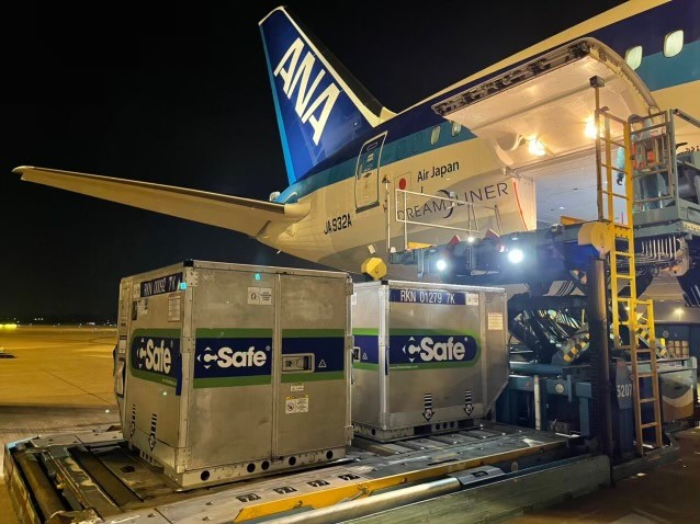 3.1m doses of COVID-19 vaccine donated by US Japan arrive in Việt Nam
