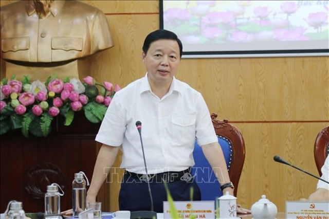 Việt Nam chooses sustainable approach to development: Minister