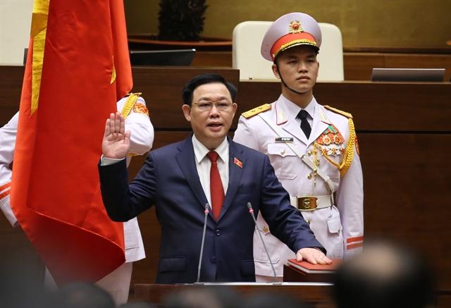 Vương Đình Huệ sworn in as new National Assembly Chair