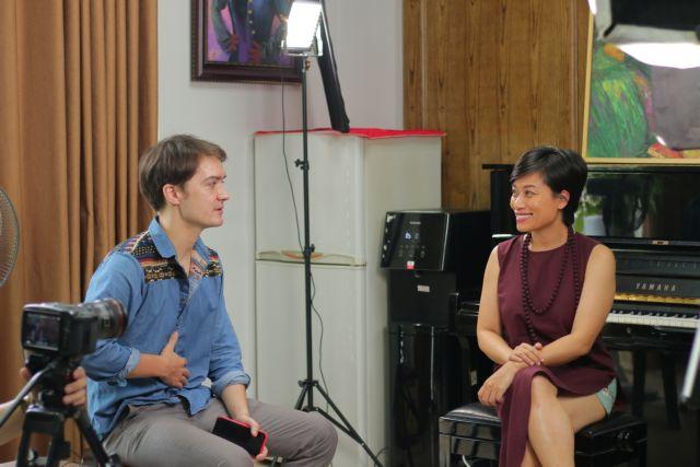 French filmmaker bridges cultural gap through music