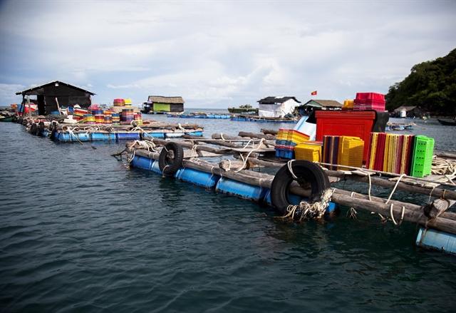 Island commune expands cageaquaculture