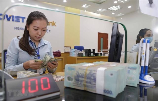 Realty bond market prospers amid potential risks