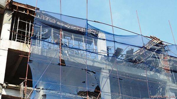 Building contractor dead one builder hurt in work accident