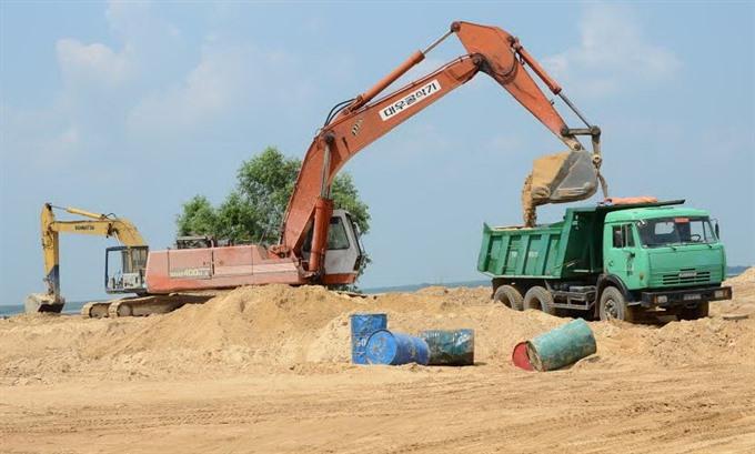 Tây Ninh suspends reservoir sand mining