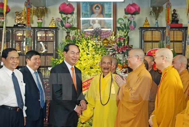 President visits Supreme Buddhist Patriarch