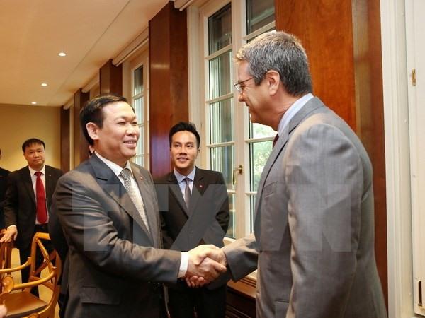 Deputy PM meets WTO leaders