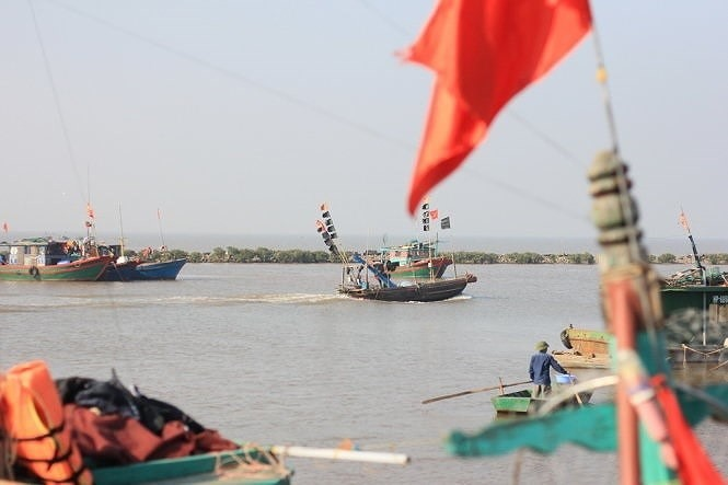 VN China talk sea area off mouth of Tonkin Gulf