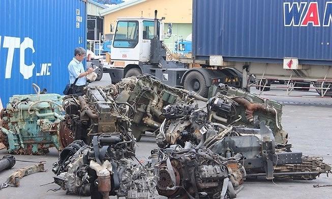 Scrap illegal import in southwest border is bustling