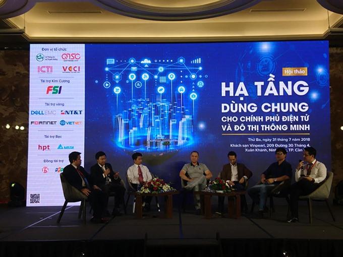 Cần Thơ hosts conference on e-governance