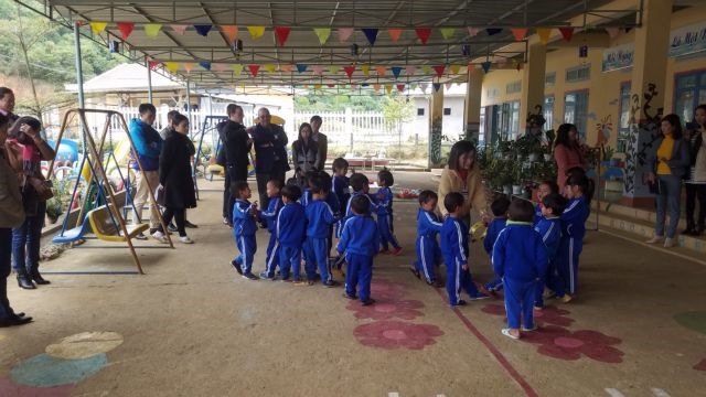 Belgium funds projects ongovernance educationin Central region