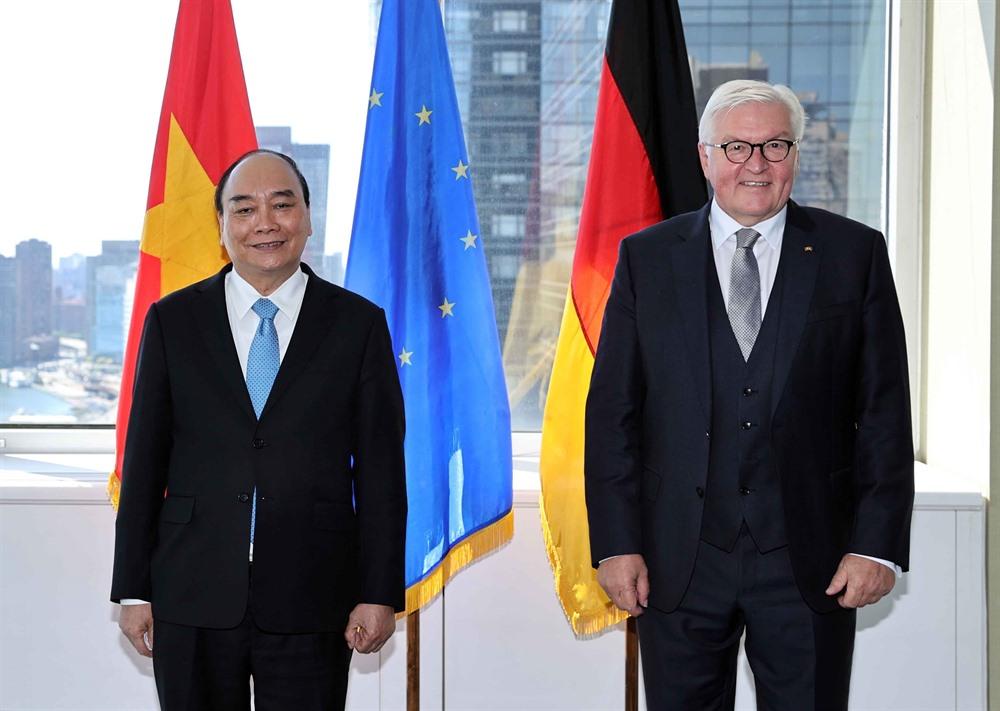 President Phúc meets German counterpart concludes US trip