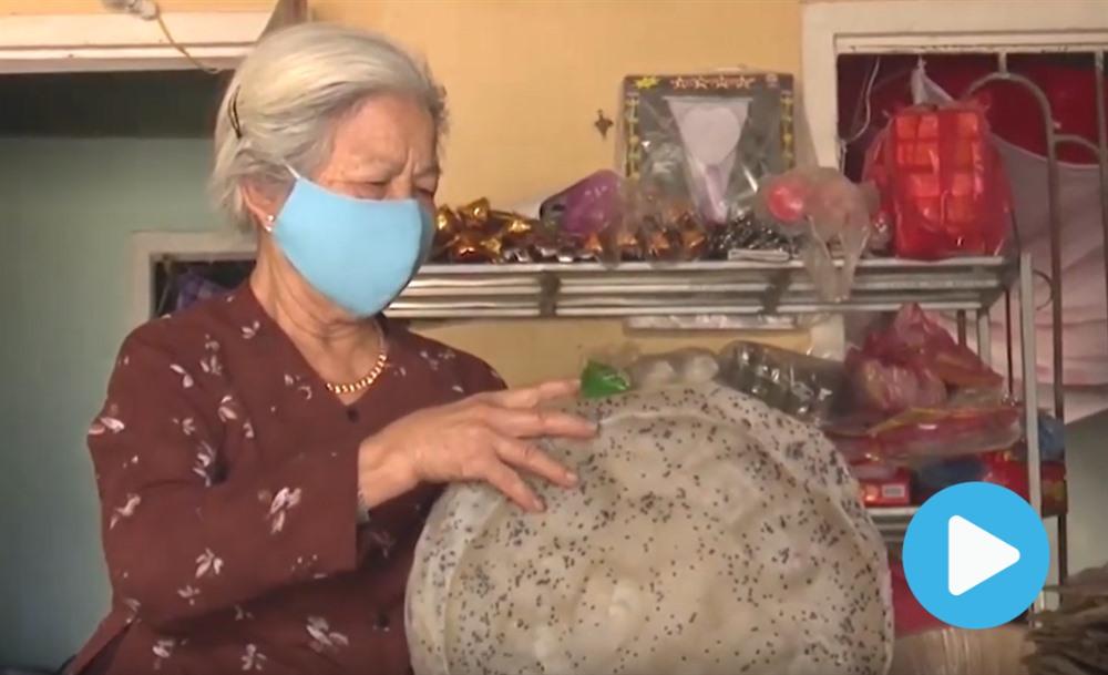 Generous grandma