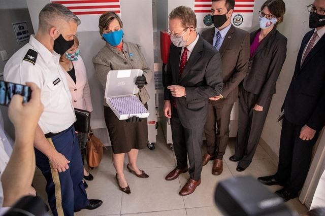 US donates two million Pfizer doses to Việt Nam President Phúc thanks Joe Biden for COVID-19 help