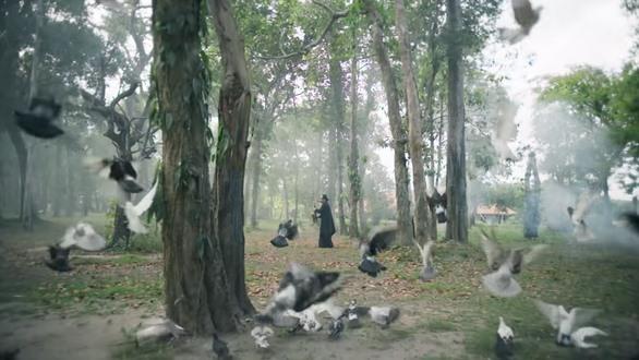 Artistsperform invideoon environmental protection