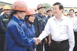 President visits Quang Ninh province miners