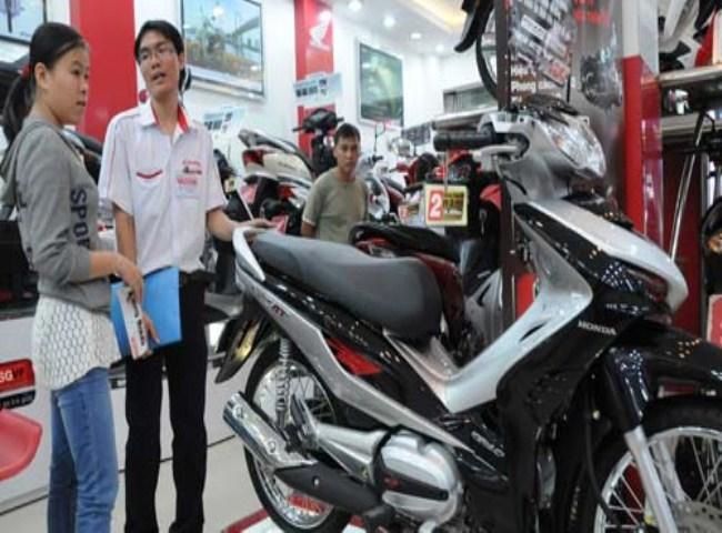 Motorbike sales stutter despite holiday discounts