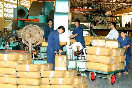 Domestic rubber exports surpass 1b causing trade surplus