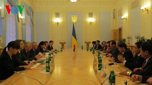 Viet Nam, Ukraine cement bilateral ties