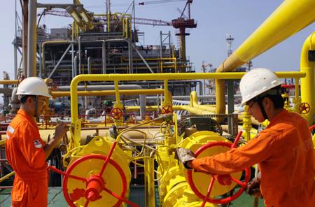 Oil, gas probe to begin off Phu Quoc - Economy - Vietnam News