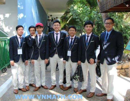 Viet Nam snares three golds at international maths contest