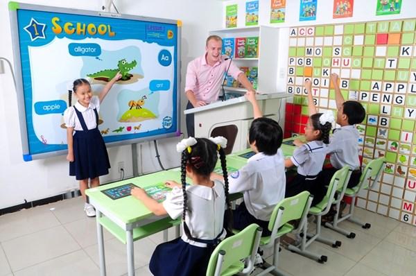 English teaching experts discuss Asian classrooms