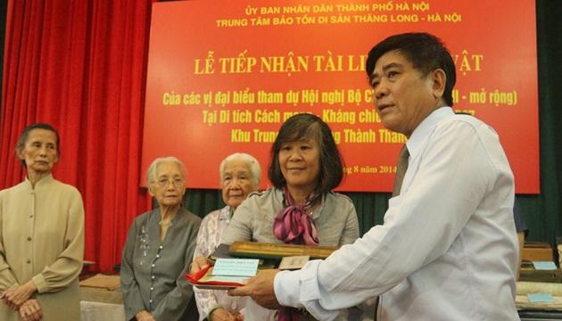 Historical memorabilia donated to centre