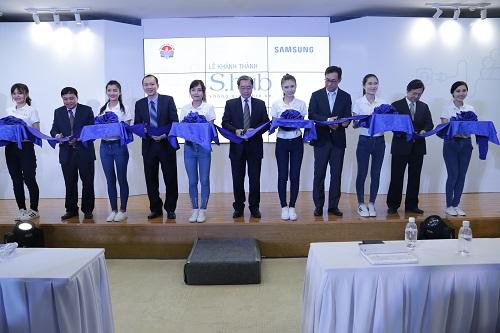 Samsung kicks off S.hub a knowledge exchange