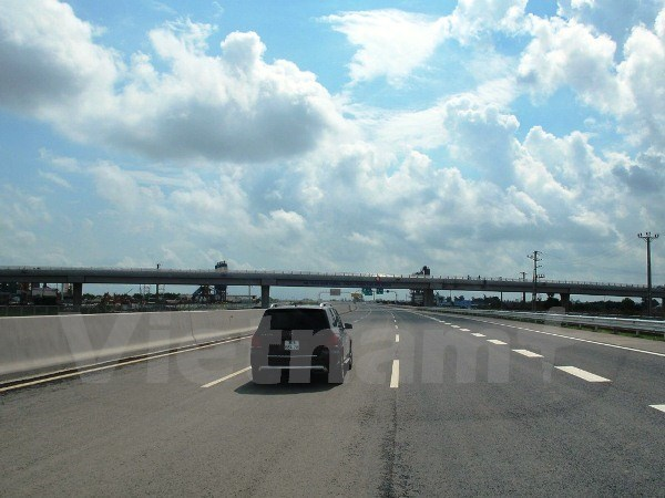 New expressway opens to traffic on Saturday