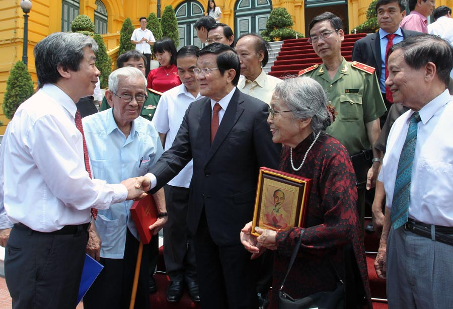 President hails journalists role in national construction