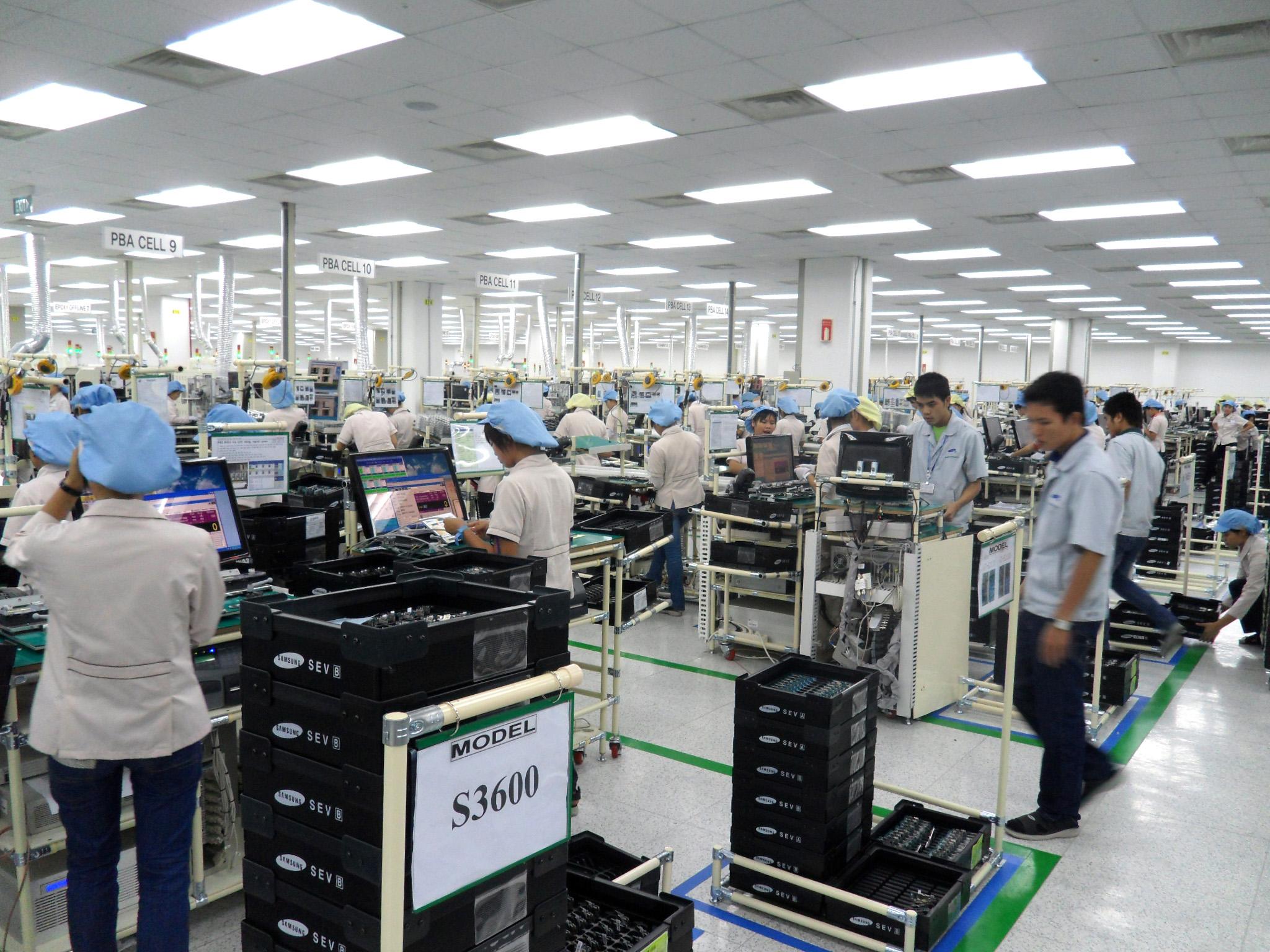 Samsung seeks more Vietnamese suppliers
