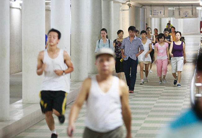 Subways become a joy for pedestrians