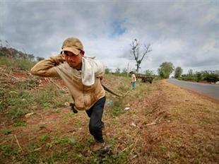 Provinces launch battles against drought