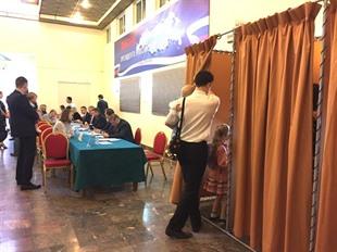 Russians vote across Việt Nam