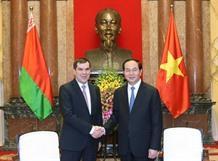 President calls for deeper Belarus ties