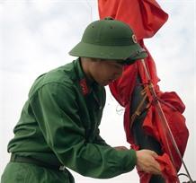 Viet Nam bids an emotional farewell to Fidel
