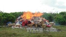 Trà Vinh destroys thousands of smuggled cigarettes