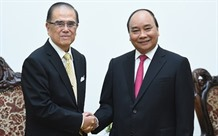 PM receives former Malaysian Senate President