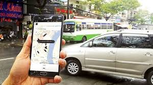 HCM City has 24,000 Grab and Uber cars