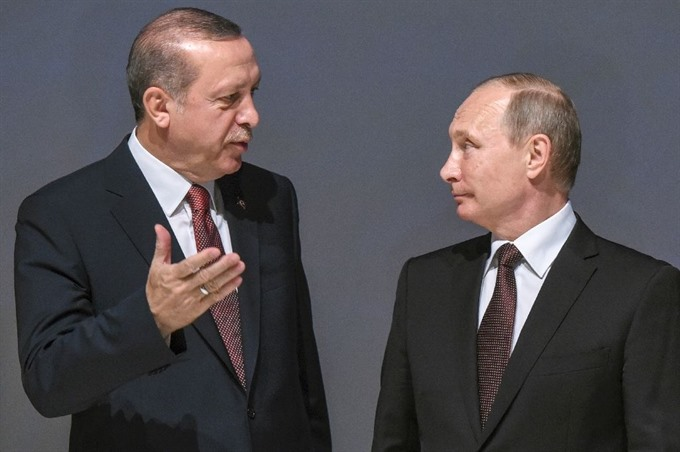Russia Turkey sign pipeline accord after crisis