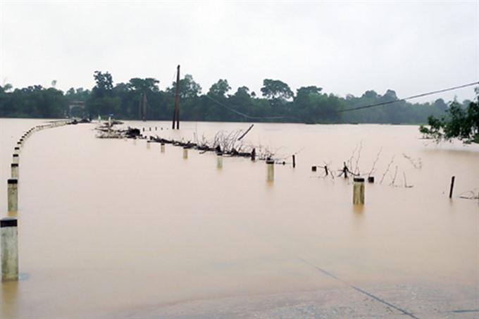Floods occur again in Hà Tĩnh Quảng Bình