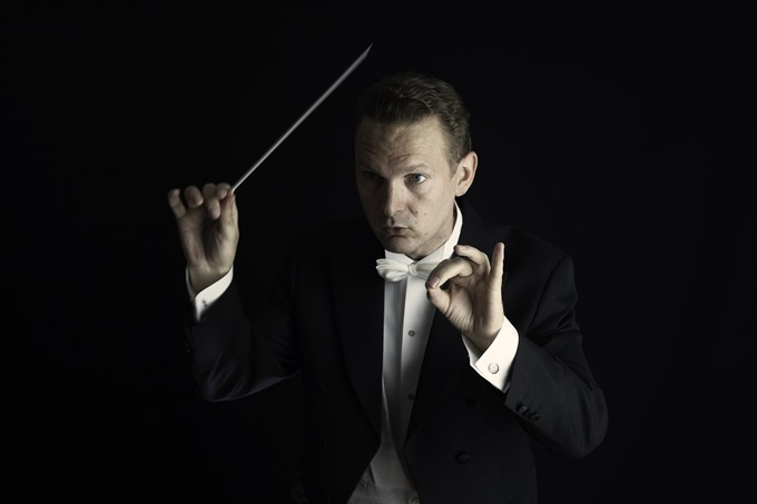 Norwegian conductor comes to HCM City