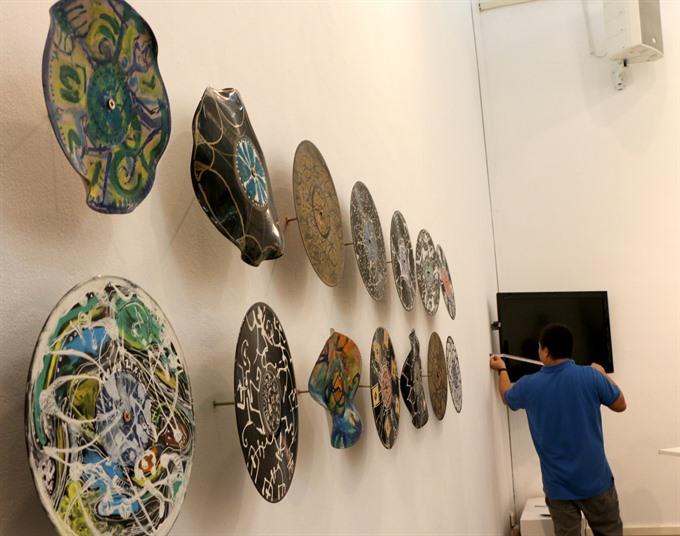 Exhibition honours VN pioneer artist